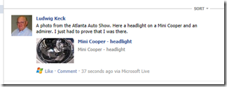 How do I share a SkyDrive photo on Facebook? (1/6)